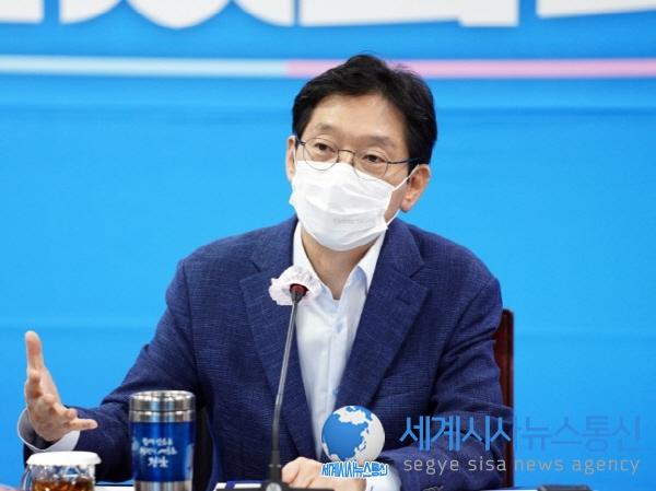 김경수 도지사, 더불어민주당에 도정현안 공유·예산 지원 요청